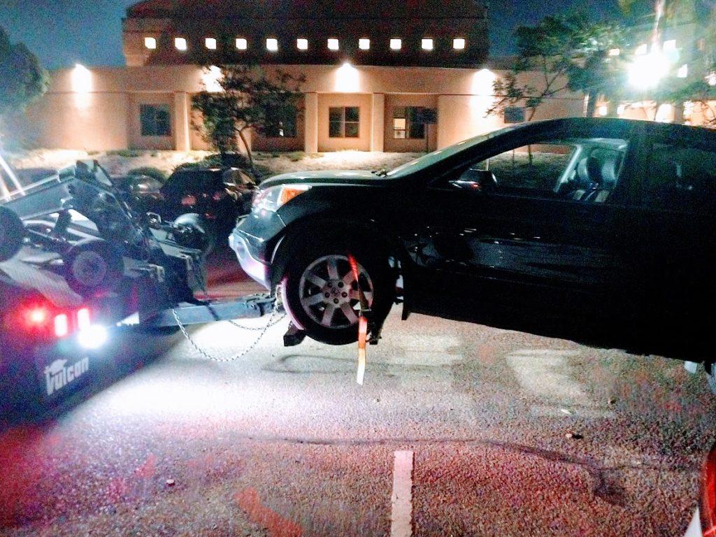 アメリカ生活 外出先で突然車が故障(しかも夜間…)│レッカー移動から修理までの顛末