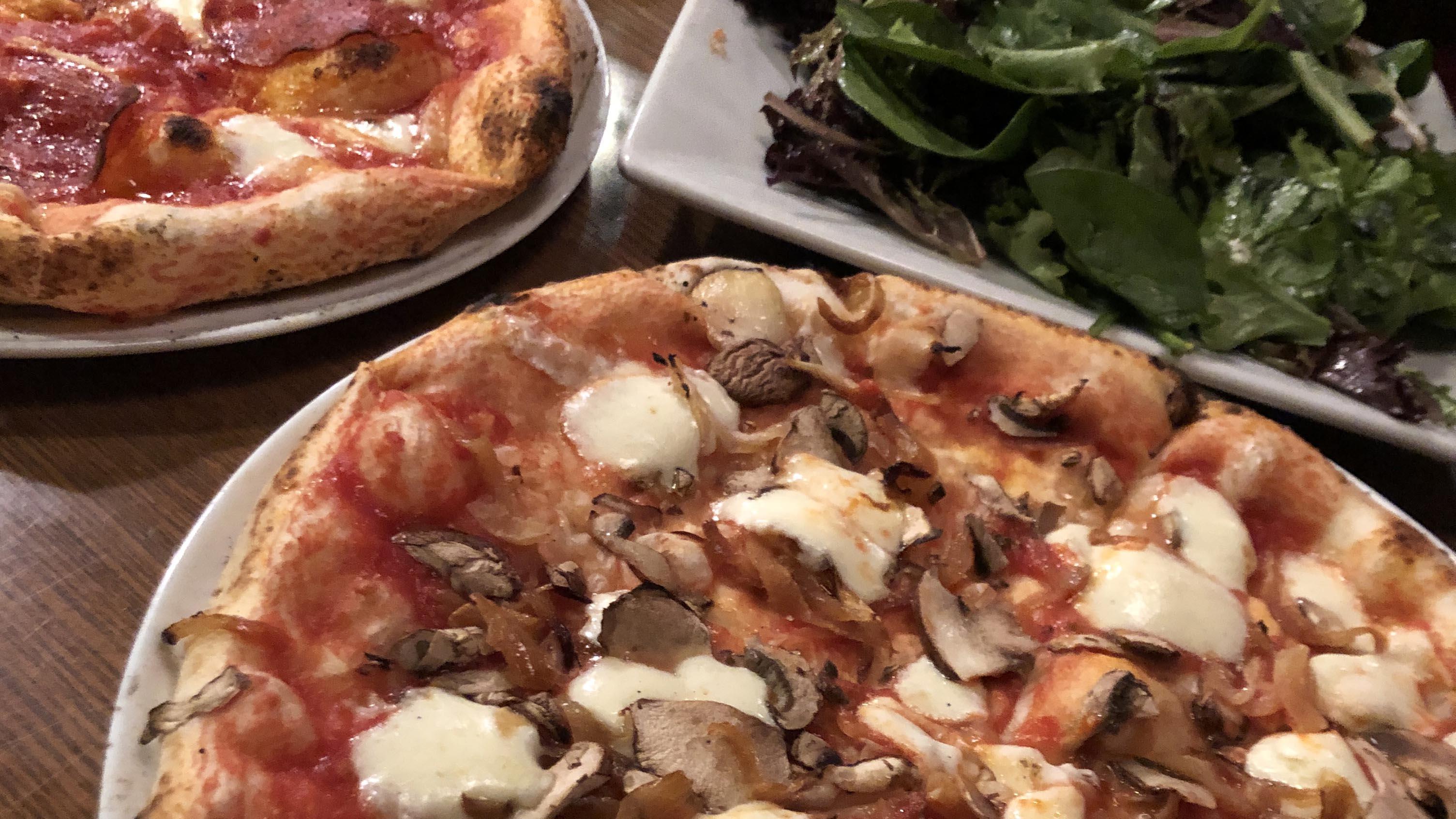 フラッグスタッフ レストラン ピザ Flagstaff Fat Olives